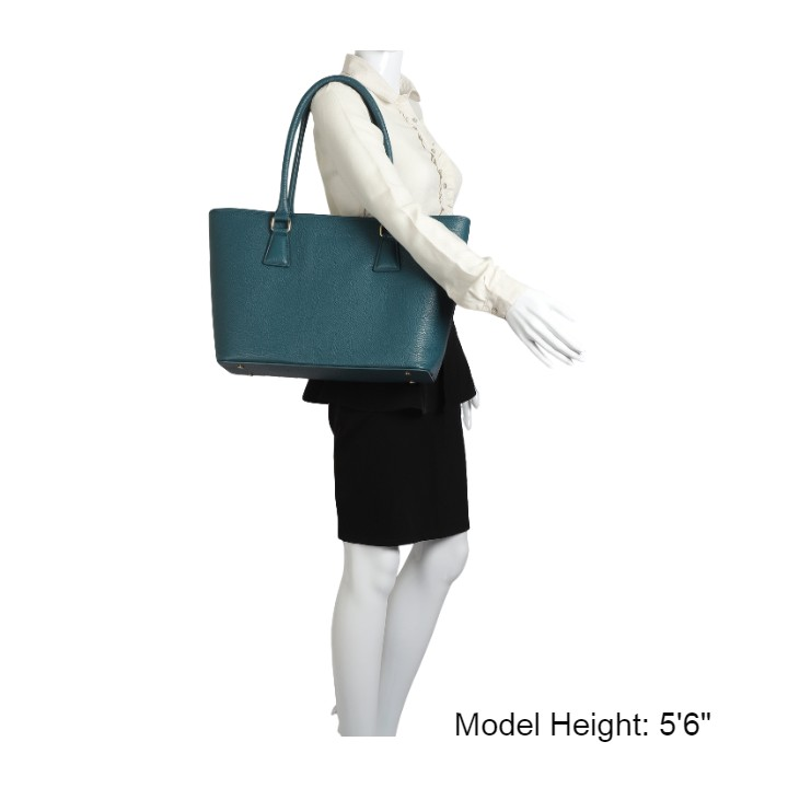 madamemattey-selena-large-green-leather-tote-bag-bagonmodel